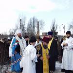 Освящение места под строительство храма святителя Игнатия Мариупольского     17 февраля 2003 года